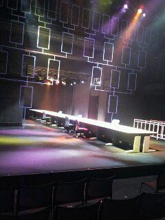 みんなが豚になった舞台2